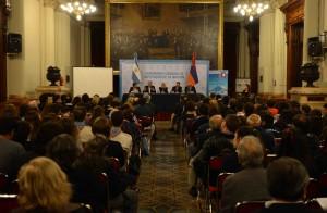 29-04-2014 Genocidio Armenio en Diputados05