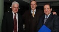 """Leandro Despouy, presidente de la Auditoría General de la Nación, y el excamarista León Carlos Arslanián recibieron ayer la distinción """"Jrimian Hairig"""" de la comunidad armenia en el Colegio Armenio […]"""