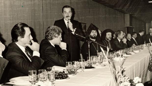 El viernes 1º de septiembre se cumplen 30 años de que el ex presidente Raúl Alfonsín reconociera el Genocidio Armenio. Alfonsín pronunció un discurso ante la comunidad armeniaque los convirtió […]