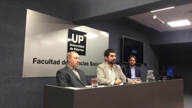 """El lunes 10 de junio se realizó la charla abierta """"Negacionismo, genocidios judío y armenio en las dos Guerras Mundiales"""" organizada por la Licenciatura en Relaciones Internacionales y la Licenciatura […]"""