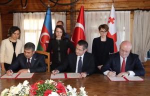 Pacto-militar-Turqu--a-Azerbaiy--n-Georgia