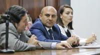(Diario Armenia) A la hora de las preguntas, la inconsistencia y las evasivas en las respuestas fueron el común denominador del embajador Aslanov y la portavoz de la cancillería azerí […]