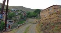 """El 11 de diciembre hubo informes de un militar azerbaiyano herido en la región, algo que fuenegadopor el Ministerio de Defensa de Armenia, quien a la vez denunció que """"el […]"""